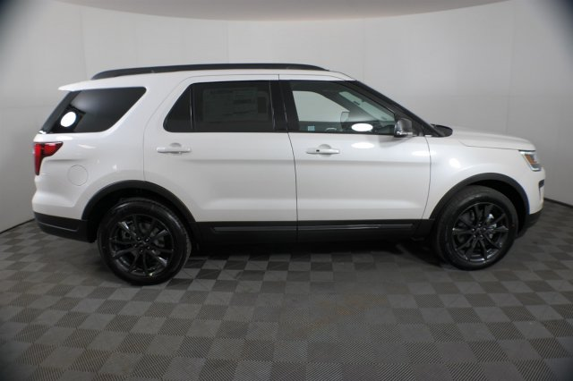 White Ford Explorer >> New 2019 Ford Explorer Xlt 4wd