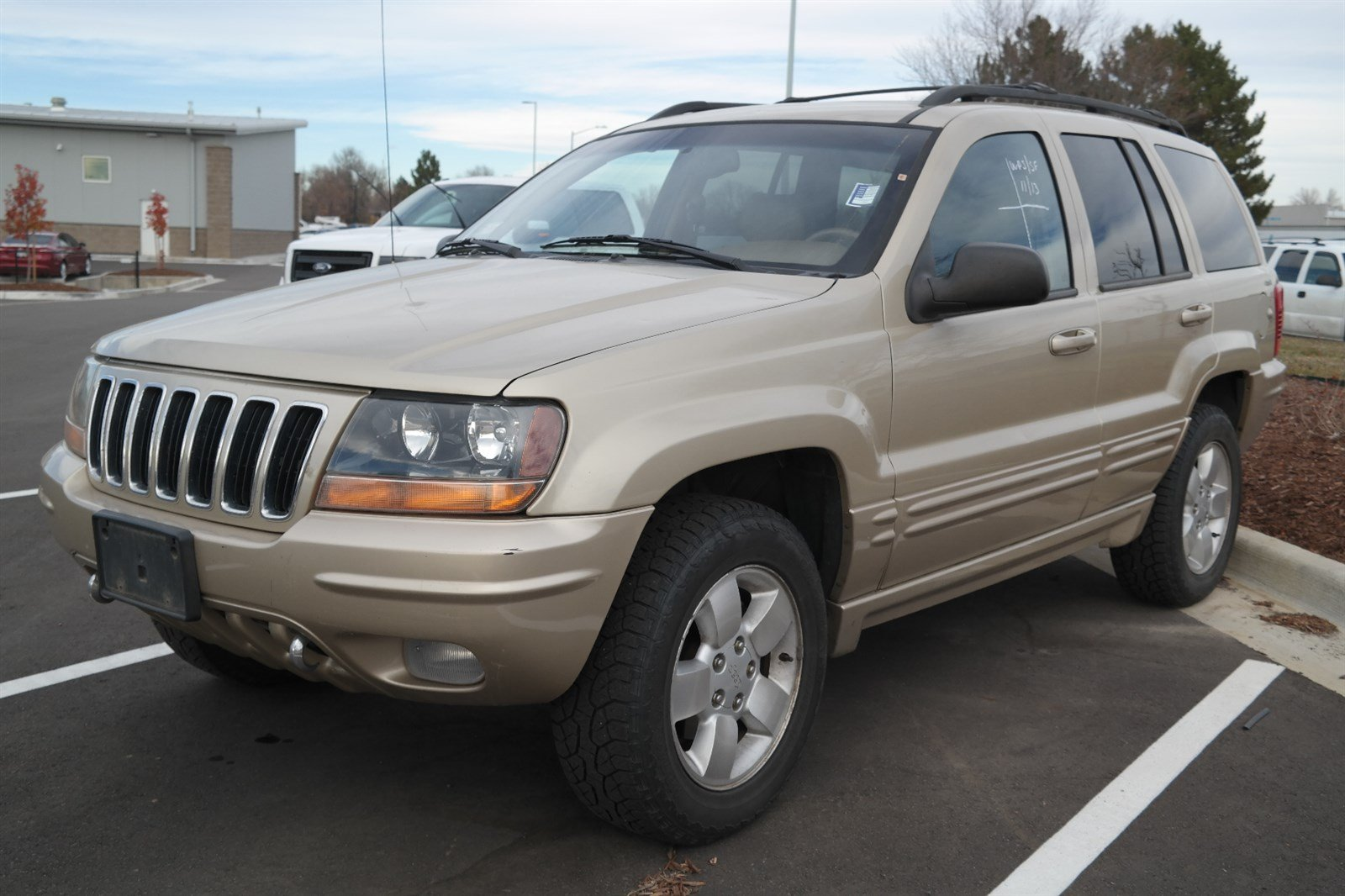 pre-owned 2001 jeep grand cherokee limited sport utility in